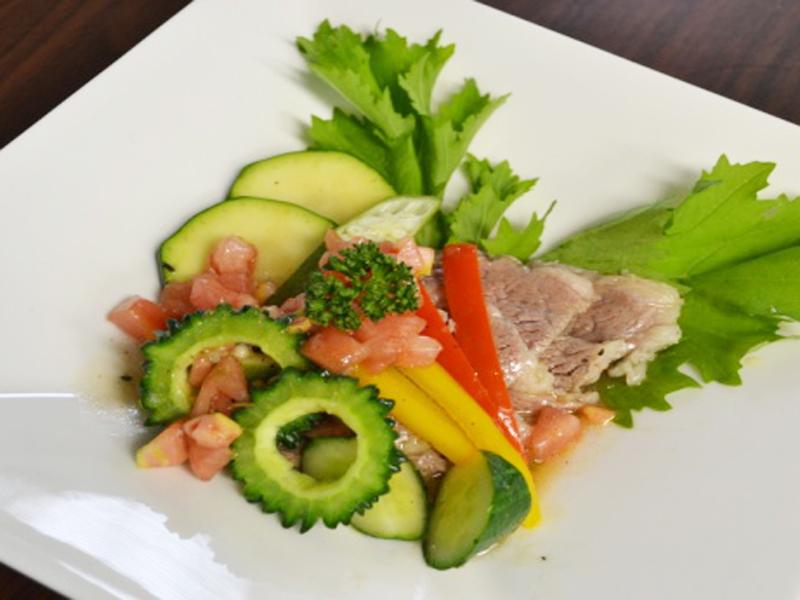 牛肉と夏野菜のサラダ仕立て